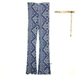 Pattern flare pants